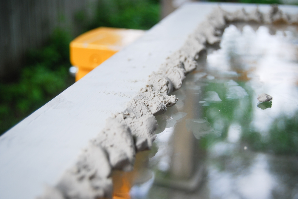 Glazing compound on the exterior of the window