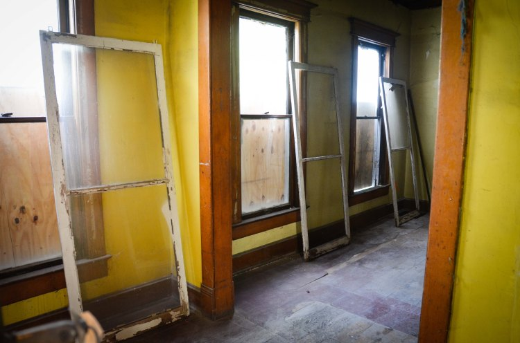 Most of the windows were actually labeled to help us with the right location