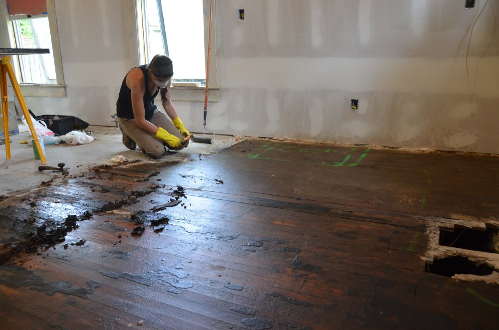 removing tar from the kitchen floors