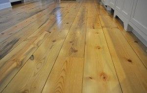 exquisite-pine-flooring-of-interior-pine-flooring